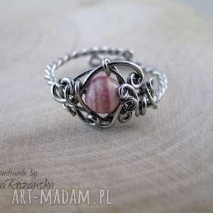 Pierścionek regulowany rodochrozyt, wire wrapping, pierścionek,