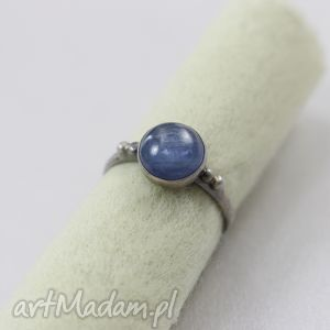 Kyanit i srebro - fakturowany pierścionek , kyanit, cyjanit, srebro,