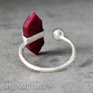 925 Srebrny pierścionek Rubin - ,kamień,minerał,rubin,925,srebro,kobiecy,
