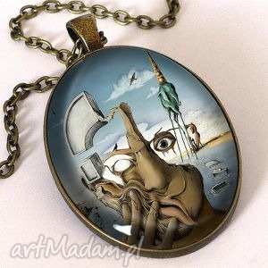 Salvador Dali - owalny medalion z łańcuszkiem
