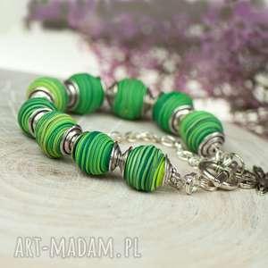 upominek Bransoletka z zielonych cieniowanych kul fimo c589, wiosenna-bransoletka