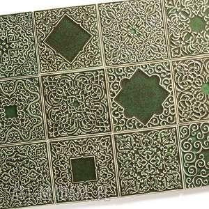 kafle ciemno-zielone, dwanaście ornamentów, dekory, płytki, marokańskie