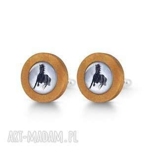 Czarny koń - drewniane spinki do mankietów liliarts mankiety