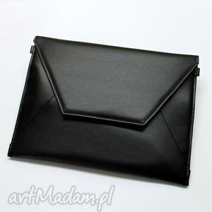 torebki niezwykle kopertówka - czarna, elegancka, nowoczesna, wieczorowa