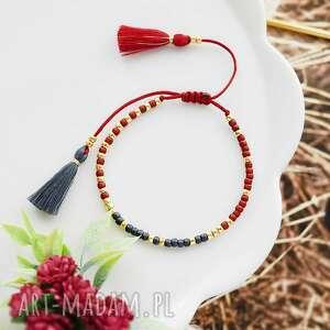 bransoletka na sznurku z chwostami bordowo-grafitowa minimal burgundy and