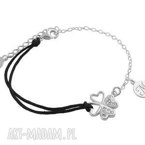 srebrna bransoletka koniczynka i literka, sznurkowa, srebrna