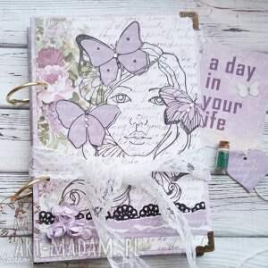 pamiętnik notatnik lawendowa dziewczyna - motyle, wiosna, dziewczyna, lawenda