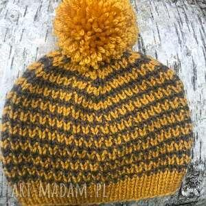 czapki czapka dziecięca, z pomponem, dwukolorowa, dziecko, na drutach