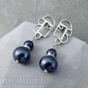 geometria z ciemną perłą, eleganckie, klasyczne, geometryczne, krótkie, perły