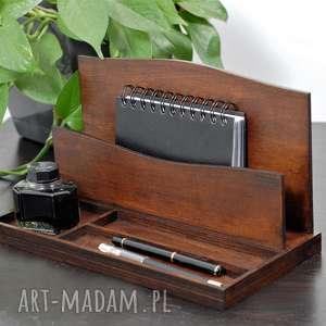 Prezent Organizer na biurko, klasyczna elegancja, przybornik drewniany