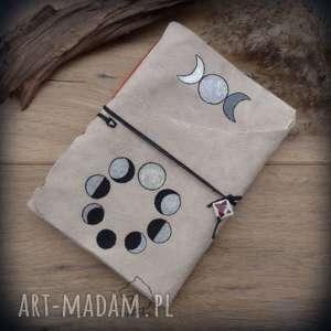 ręcznie zrobione notesy notes a5 ze skórzaną miękką okładką fazy księżyca - ręcznie robiony i malowany