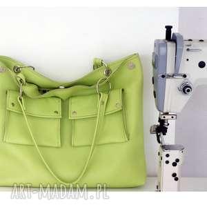 duża zielona z kieszeniami - torebka, duża, skórzana, kiesenie, praktyczna
