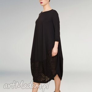 czarna sukienka dzianinowa z koronkową wstawką, koronka, wstawka, koronkowa