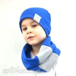 niebieski komplet dla chłopca - niebieskie czapki, kominy szalik