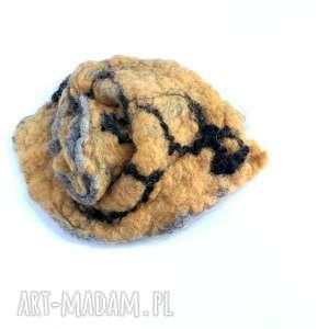 Ruda Klara: broszka filcowana handmade wełniana duża jesienna, etno boho, kolorowa, wełna