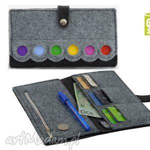 Duży portfel z kropkami- MAXI, porfel, portmonetka, pojemny, filc, filcowy, kolorowy