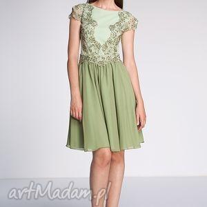 Sukienka Nastya, studniówka, moda, koronka, koraliki, fashion