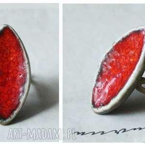 Pierścionek karminowa łódeczka, ceramika, pierścionek