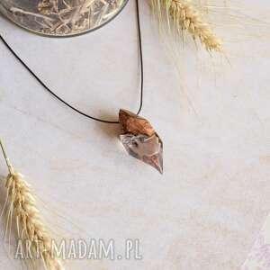 Nandar - kryształowy wisior z drewna i żywicy wisiorki sirius92
