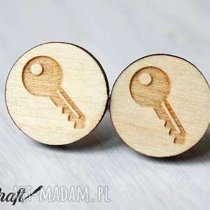spinki do mankietów drewniane klucz, kluczyk