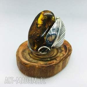 srebrny pierścionek z bursztynem srebro 925, bursztynem, damska