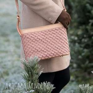 handmade na ramię torebka łuska duża pudrowy róż