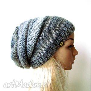 długa czapka w szarościach - czapka, czapeczka, długa, lekka, ciepła, zima