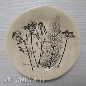 unikalny, roślinny talerzyk, talerzyk ceramiczny, ceramiczny talerz, podstawka