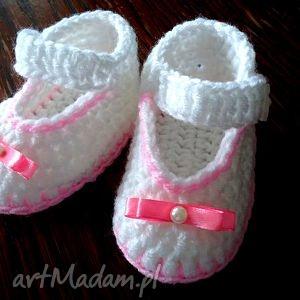 ręcznie zrobione buciki szydełkowe buciki dla małej księżniczki