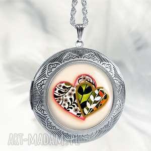 naszyjniki medalion otwierany sekretnik z sercami - idealny jako prezent