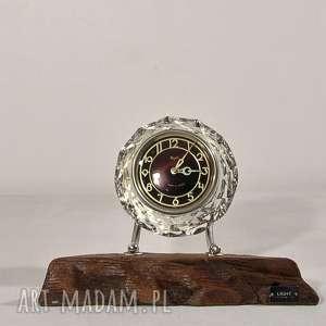 Designerski, unikalny, oryginalny, indywidualny zegar stojący handmade z materiałów