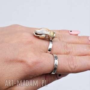 pierścień z muszelką, pierścionek muszelka, srebrny pierścionek, miłośnik morza