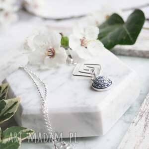 elegancki srebrny naszyjnik z mozaikową rozetką w oprawie, srebro