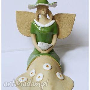 anielica z gołębiem, anioł, ceramika dom