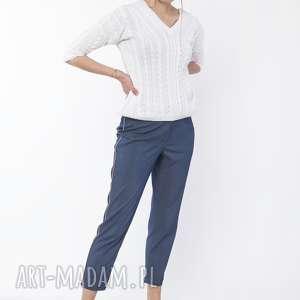 ręczne wykonanie spodnie z ozdobnymi lampasami, sd117 jeans