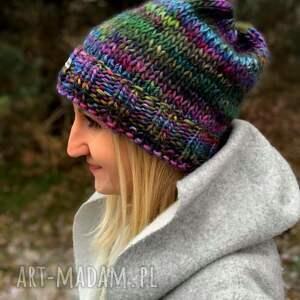 lolorowa ciepła czapka, czapa, kolorowa nadrutach, prezent
