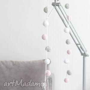 handmade dekoracje girlanda szydełkowa