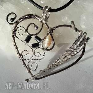 wisiorek serce srebro, serce, wire, wrapping, zawieszka, naszyjnik, wyjątkowy