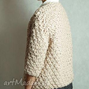 short beige chunky, sweter, dziergany, masywny, gruby, krótki, pod choinkę