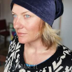 hand-made czapki czapka damska aksamitną granatowo czarna na podszewce rozmiar 59 -69cm