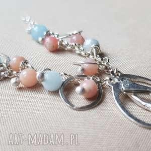 kolczyki ze srebra i pastelowych kamieni