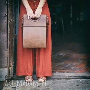 brązowa skórzana torebka od ladybuq szykowna torba na lato idealna do biura
