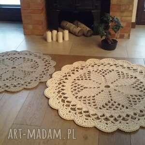 komplet 2 dywanów, dywan szydełkowy, okrągły, z koronką