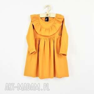 sukienka z falbanka i aksamitka, falbanki