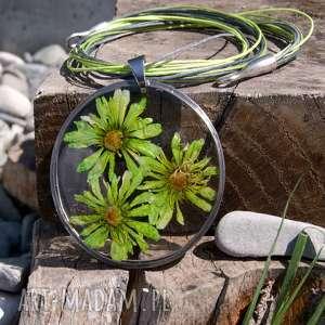 Prezent Naszyjnik z suszonymi kwiatami, Herbarium Jewelry, kwiaty w żywicy z61