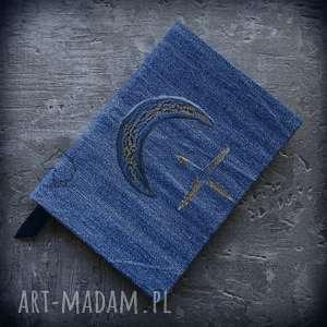 Notes A6 z denimową twardą okładką Niebieski Księżyc - ręcznie robiony i malowany