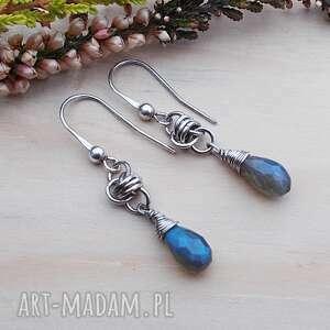 Szare kropelki błękitu - kolczyki jewelsbykt srebrne kolczyki