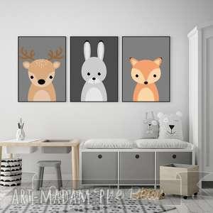 Zestaw trzech plakatów Trzy leśne zwierzątka A4, jelonek, lis, zając, szary