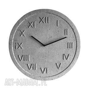 zegar ścienny z betonu handmade betonowy roman natural szary do biura salonu