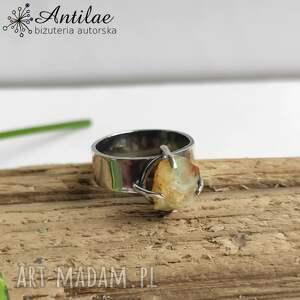 srebrny pierścionek z surowym opalem, r 11, opal, srebro, surowy opal